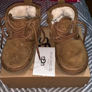 Toddler uggs Size 6